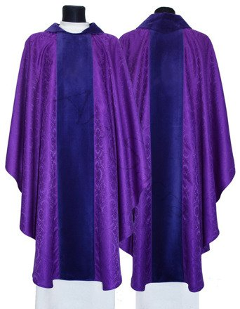 Gothic Chasuble 000-AF25